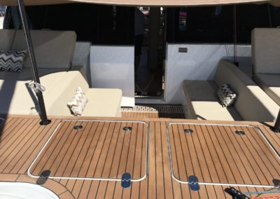 Sunreef 50 sunshdly front deck