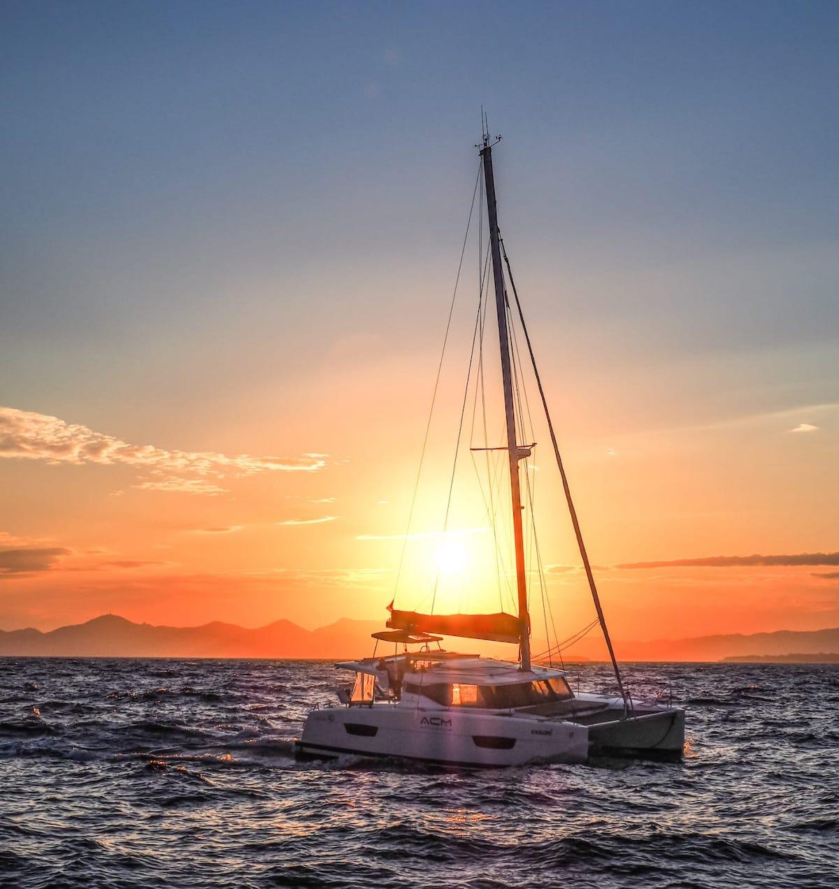 Nav de nuit Catamaran Apprendre