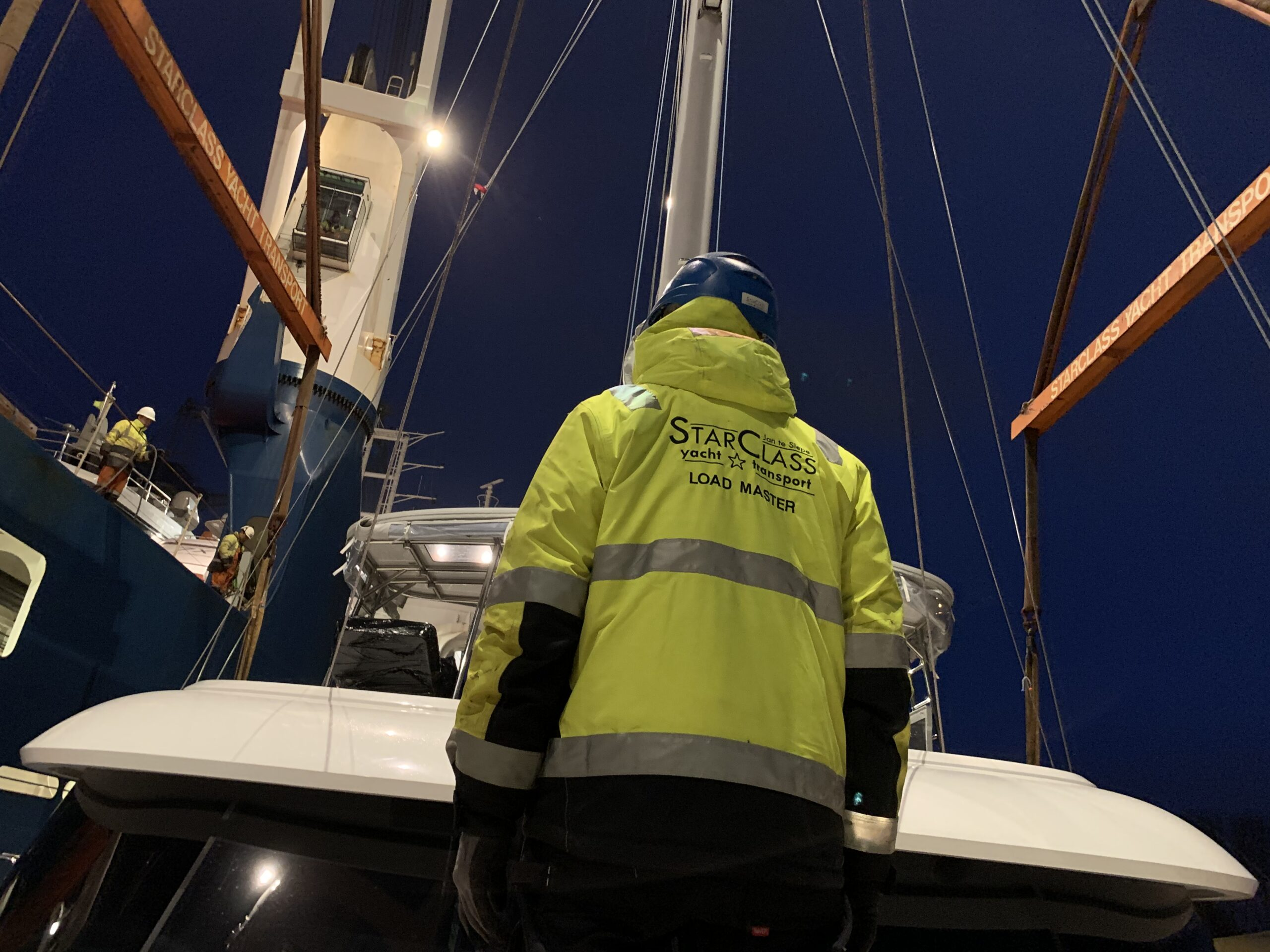 Convoyage catamaran Eemslift Hendrika - 24