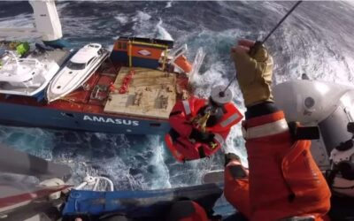 Pensées pour l'équipage du Eemslift Hendrika à la dérive en Mer de Norvège
